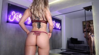 Kim Tylor - Sexy Lengerie Completely Naked Striptease