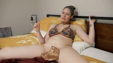Hot american teasing her petite body