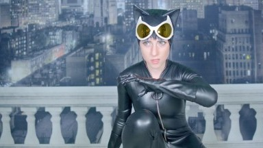 Lana Rain - Catwoman Encounters Bane | DC's Batman